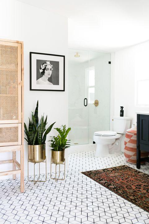 Black And White Coastal Bedroom