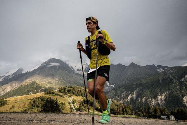pau capell durante su carrera en el ultra trail del mont blanc de trail running