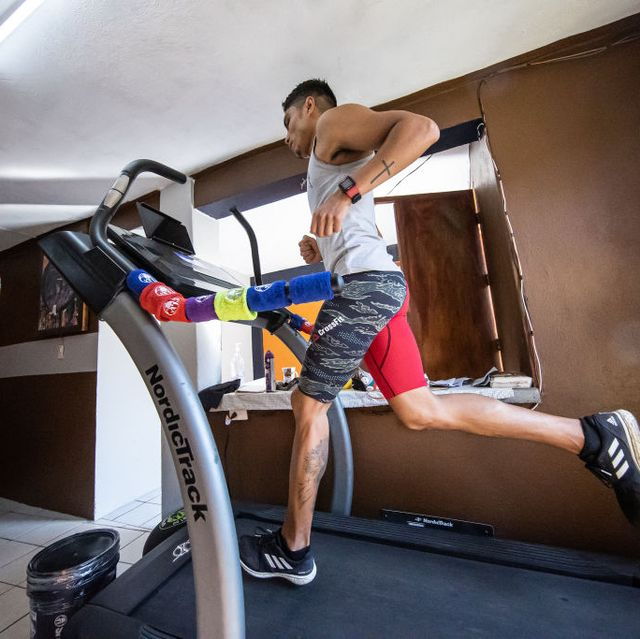 spartan race athlete trains in isolation during coronavirus outbreak