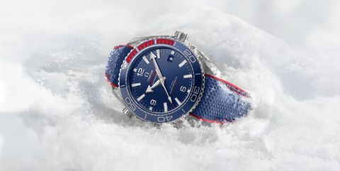 Watch, Analog watch, White, Snow, Fashion accessory, Strap, Watch accessory, Material property, Winter, Font,