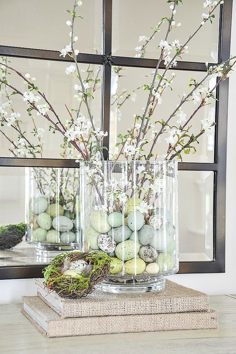 speckled egg easter table decorations