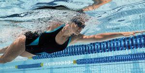 Zwemmen: de perfecte training voor de koude wintermaanden