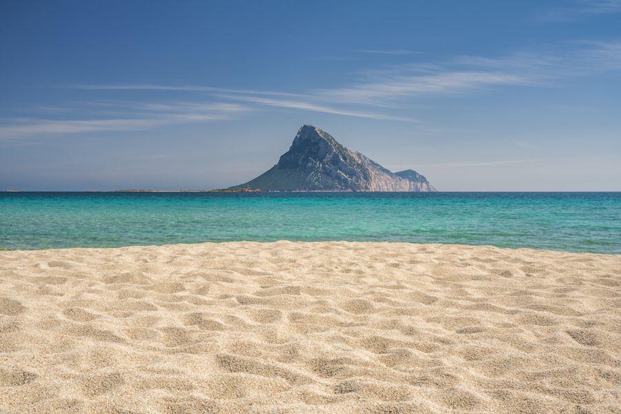 Le 50 spiagge più belle del Mediterraneo per sognare l'estate che ci meritiamo