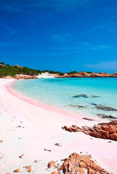 Spiaggia Rosa. Cala di Roto. Isola di Budelli island. La Maddalena (OT). Sardinia. Italy. Europe