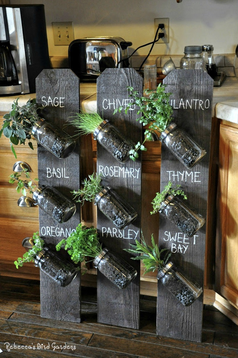 spice vertical planter