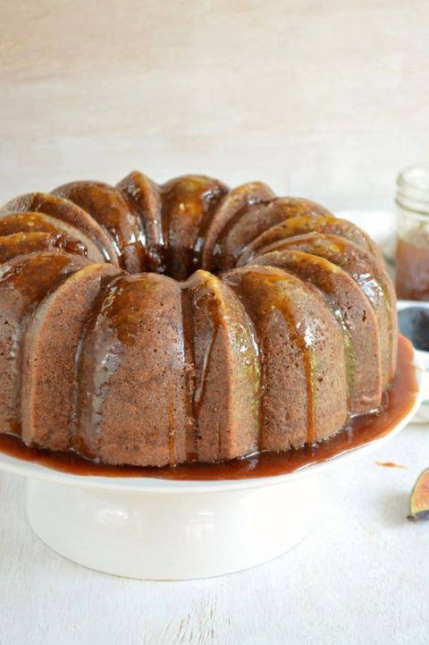 thanskgiving cakes spiced fig