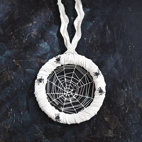 diy wreaths for halloween twine spiderweb