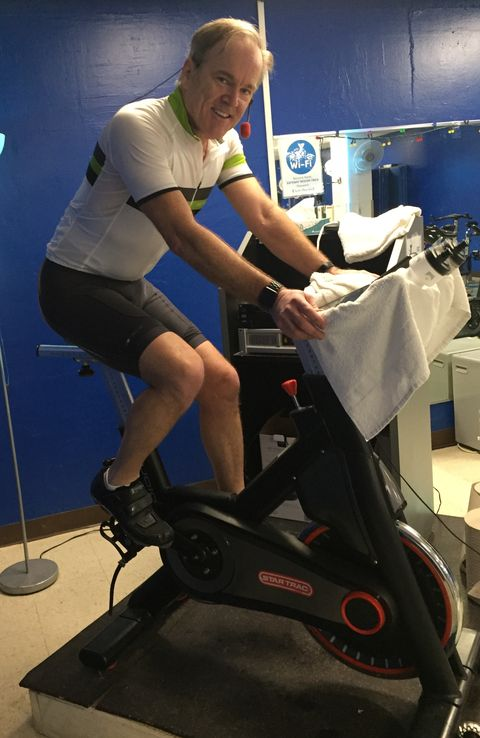 Exercise machine, Exercise equipment, Stationary bicycle, Indoor cycling, Arm, Leg, Treadmill, Sports equipment,