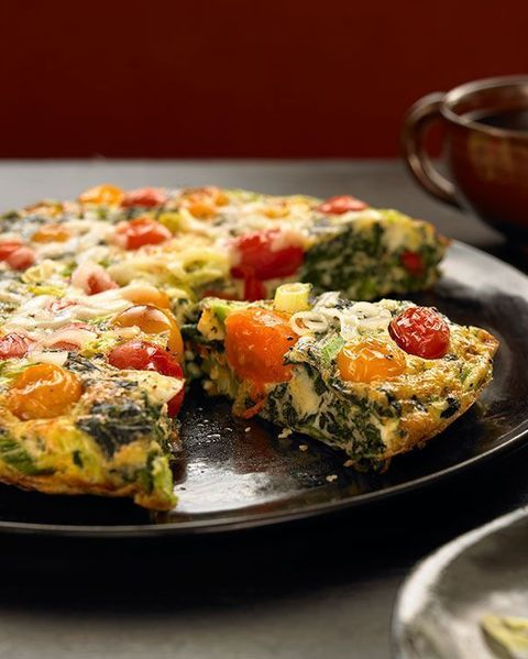 whole 30 breakfast recipes: spinach tomato frittata