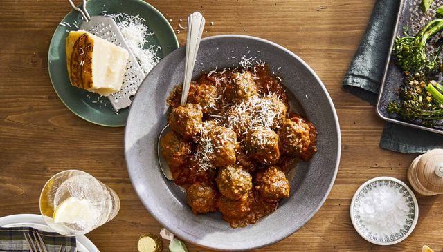 slow cooker spinach and parmesan meatballs, broiled broccolini and capers