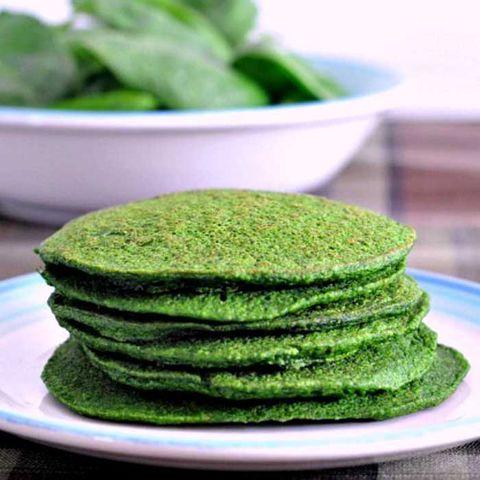 Food, Green, Spinach, Dish, Cuisine, Pancake, Ingredient, Vegetarian food, Leaf vegetable, Produce,
