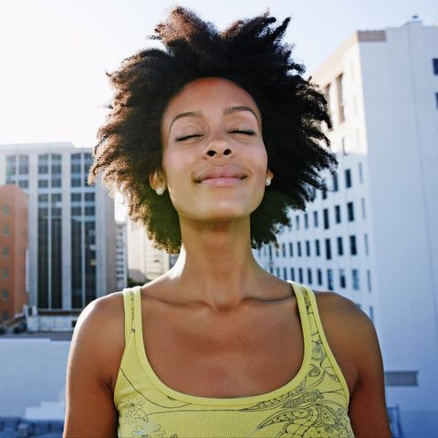 Hair, Shoulder, Hairstyle, Beauty, Fashion, Black hair, Neck, Smile, Photo shoot, Photography,