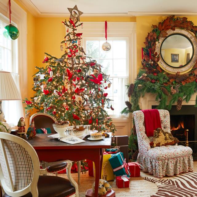christmas mantel decorations christopher spitzmiller
