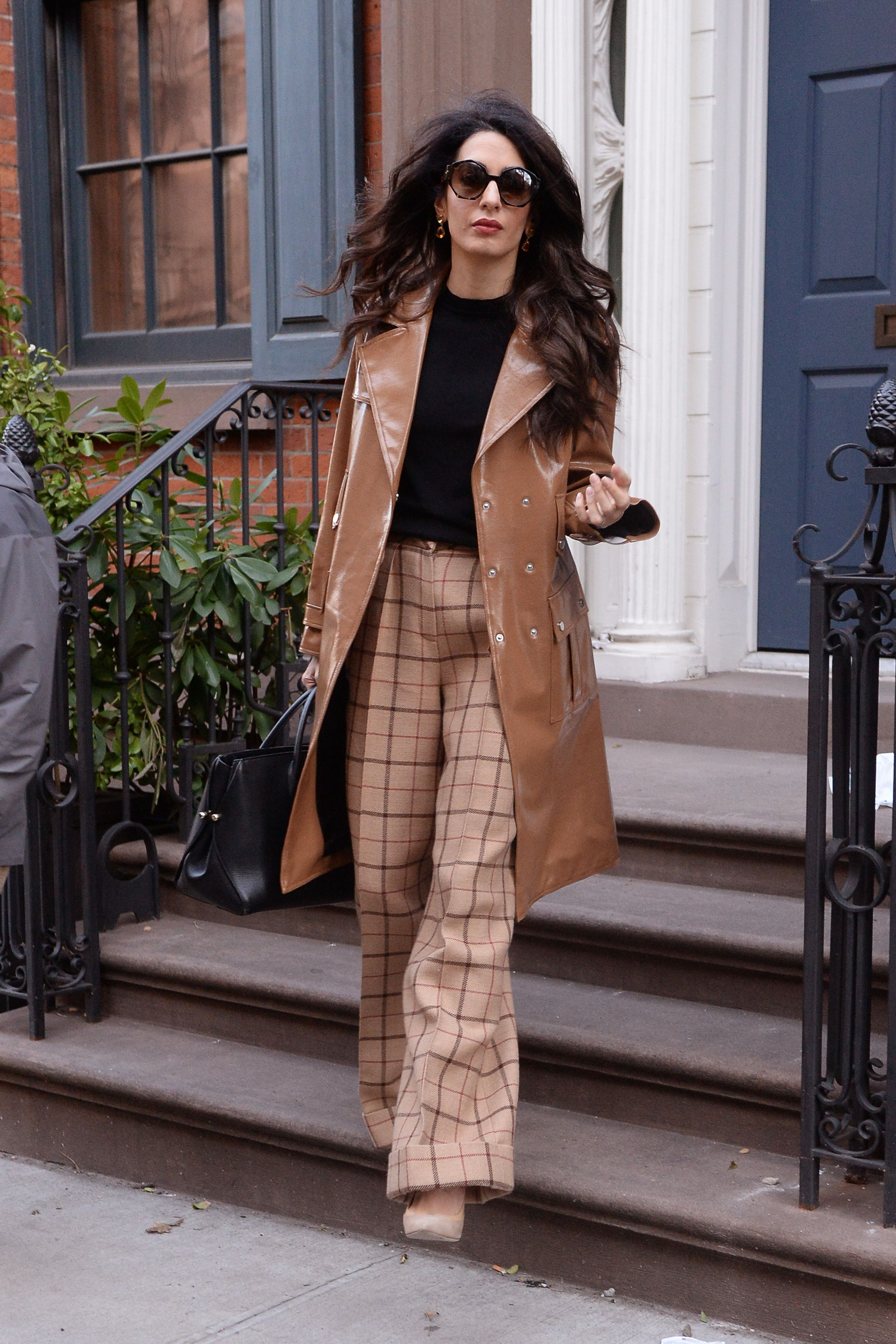 April 5, 2018 Leaving her apartment to go lecture at Columbia University.