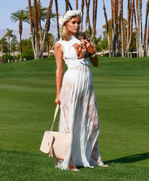 Dress, Clothing, Gown, Fashion, Shoulder, Grass, Wedding dress, Recreation, Formal wear, Waist,