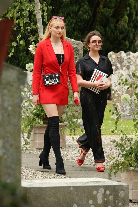 Maisie Williams And Kit Harington