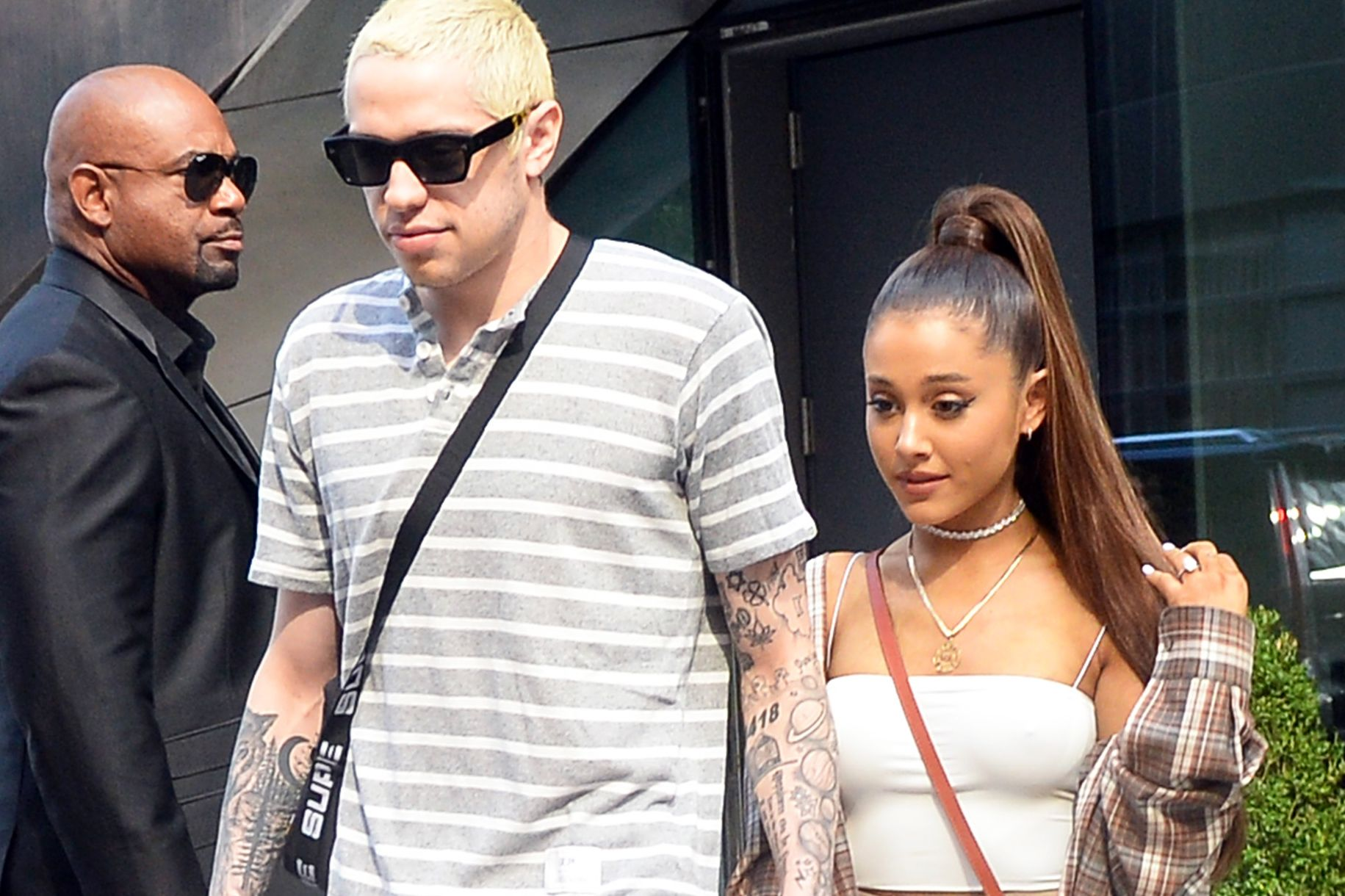 Ariana Grande And Pete Davidson S Wedding Date May Have Been Decoded