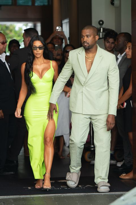 e5260dc41c4 Kanye West Wore Very Small Slides to 2 Chainz Wedding in Miami ...