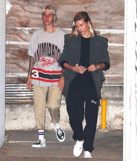 a60ae9098 Jusitn Bieber cut his hair and shows it off while arriving to church in Los  Angeles