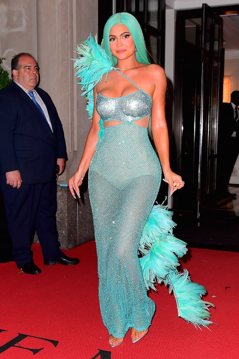 Kylie Jenner Channels Her Inner Mermaid With Aqua Hair And Dress For Met Gala After Party