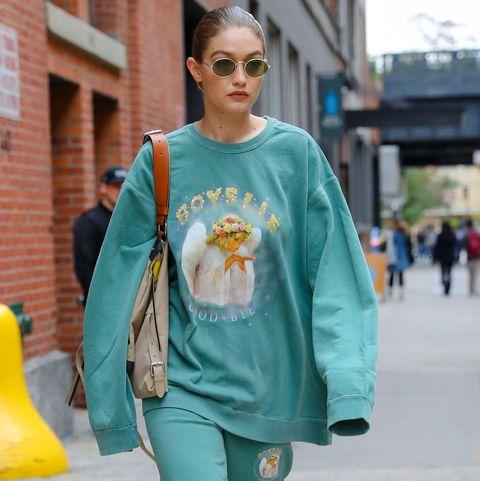 Blue, Street fashion, Clothing, Turquoise, Green, Fashion, Yellow, Outerwear, Snapshot, Teal,