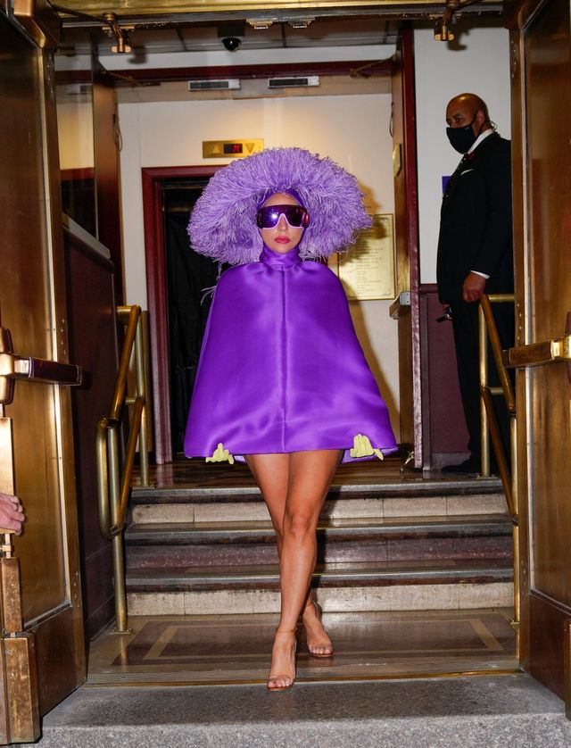splash news lady gaga  radio city hall valentino couture tony bennet