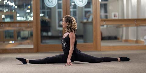 how to do the splits safely  stretches oneweek training