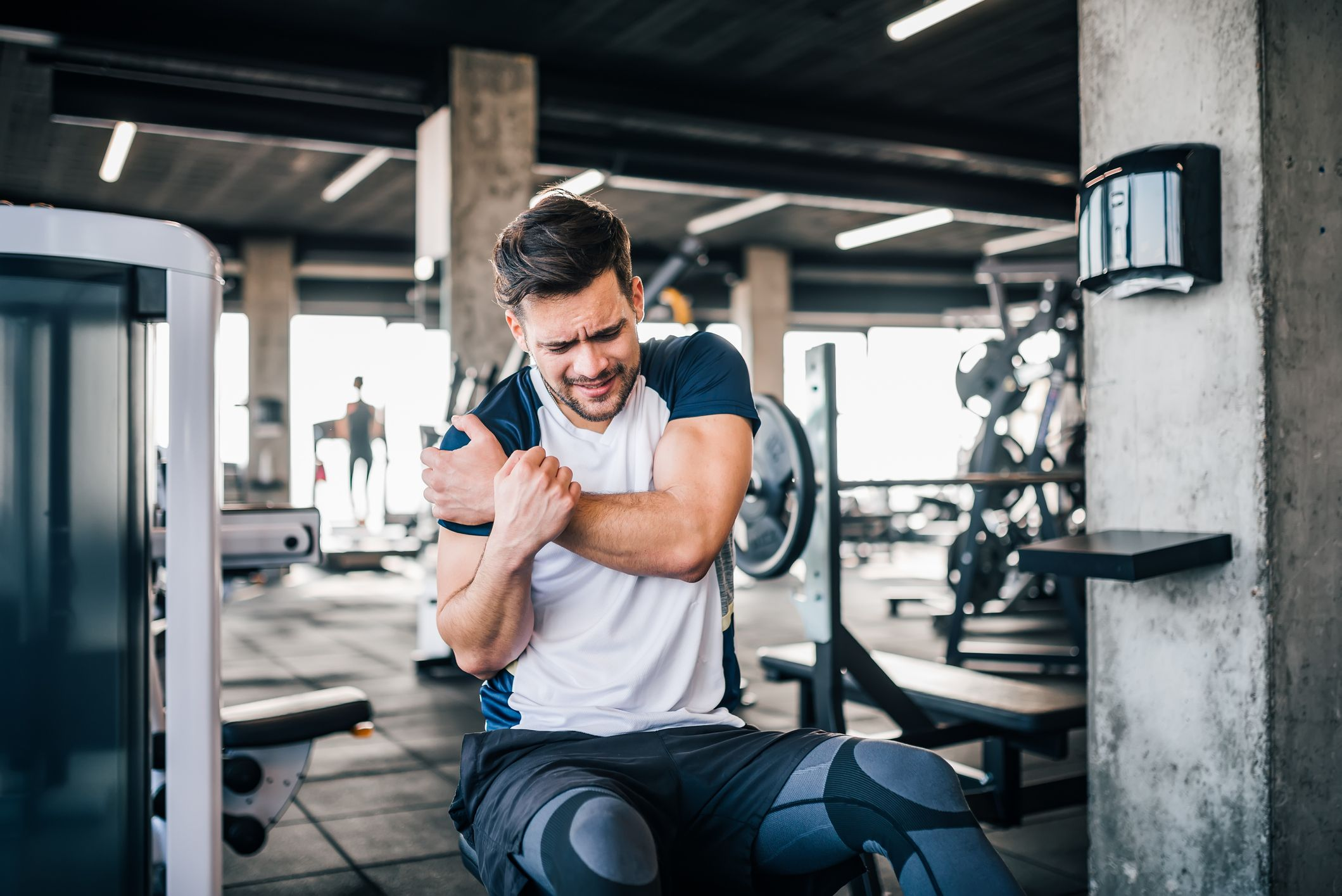 How to Solve AC Joint Pain in Your Shoulder