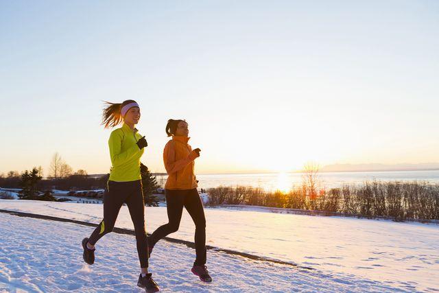 sporten in de kou kan best, als je goed gekleed bent