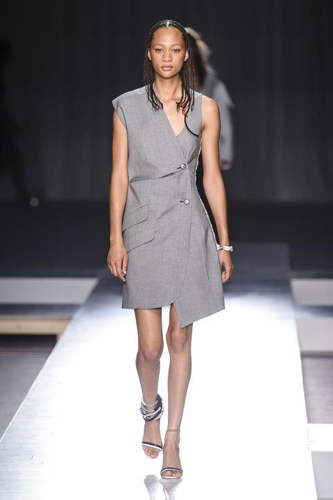 Fashion model, Fashion show, Fashion, Runway, Clothing, Dress, Fashion design, Shoulder, Model, Footwear,