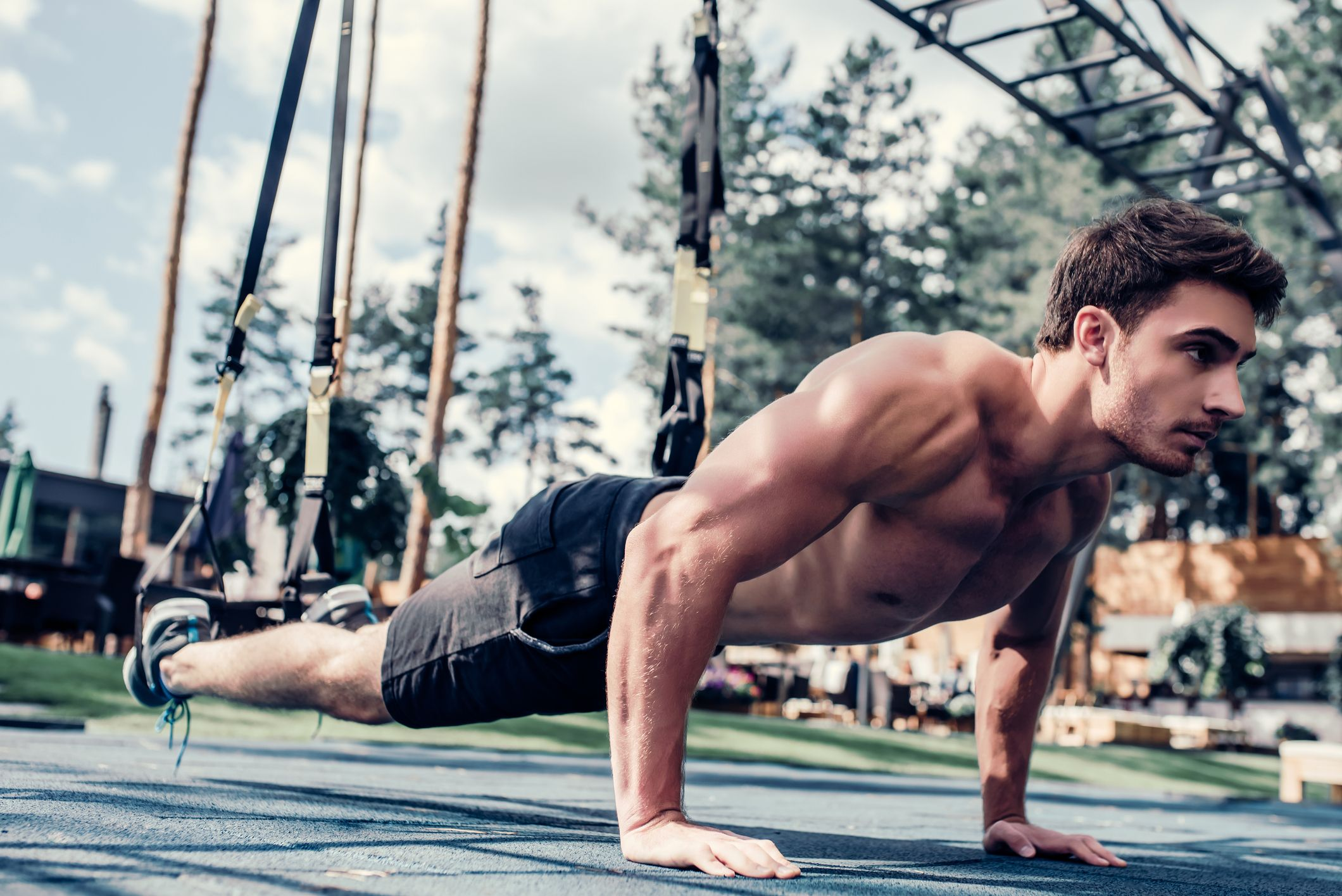 This Guy Did 200 Push-Ups Every Other Day for a Whole Month