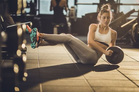 8 Medicine Ball Exercises for Core Strength to Throw Down More Watts