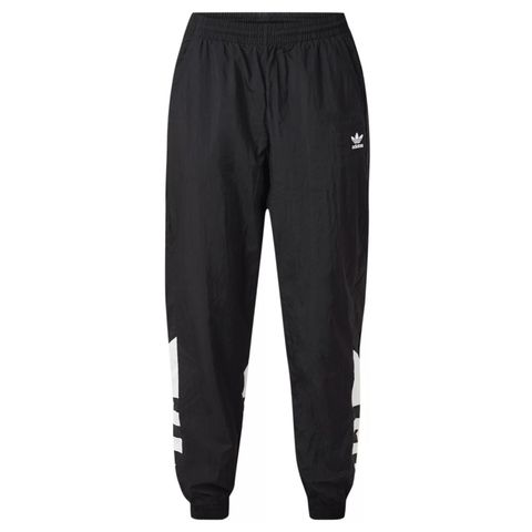 Clothing, Sportswear, sweatpant, Active pants, Trousers, Outerwear, Pocket,