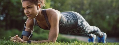 4 Ab Workouts You Can Do at Home in Just 5 Minutes
