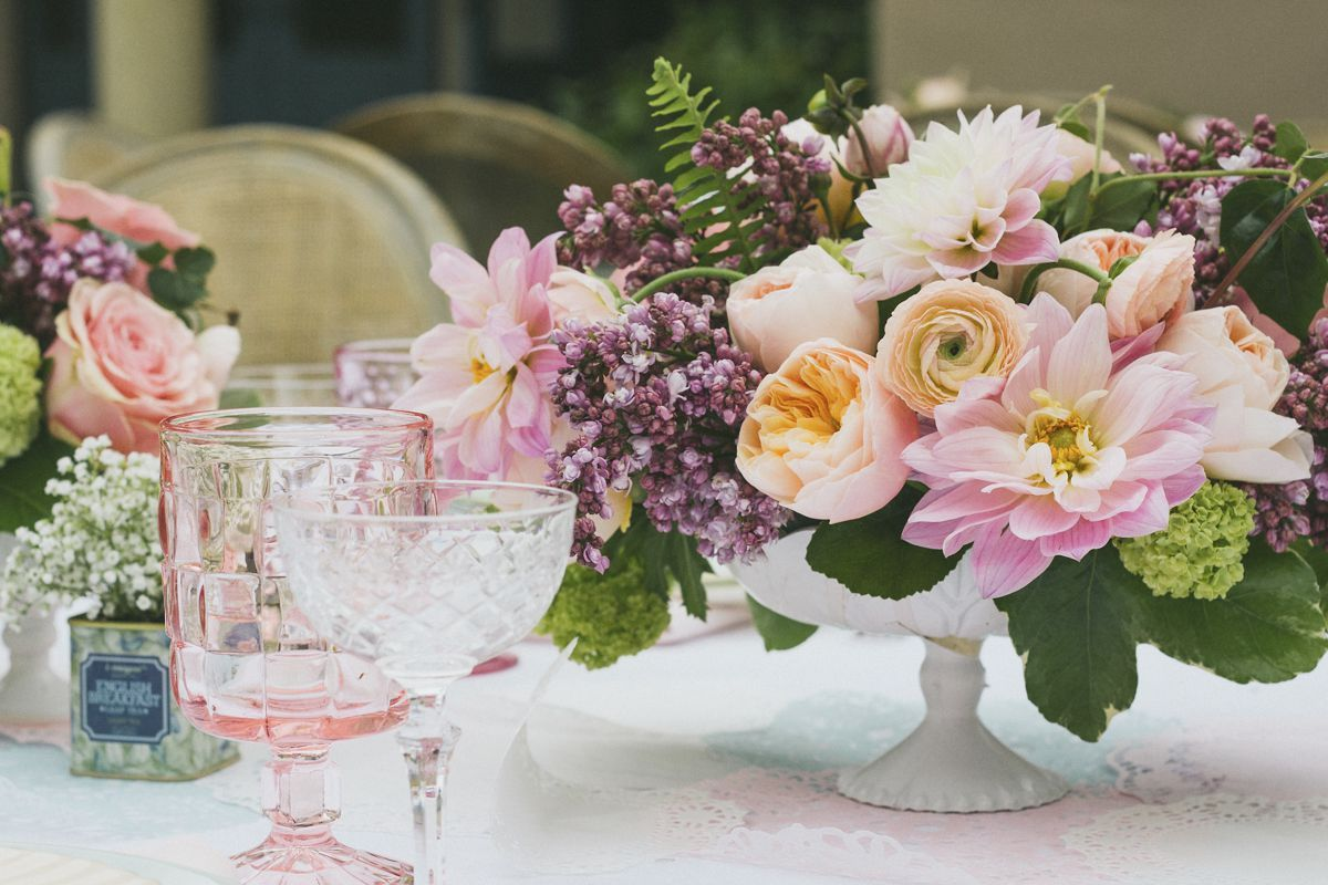 spring centerpieces and table decorations : ideas for table settings decor - pezcame.com