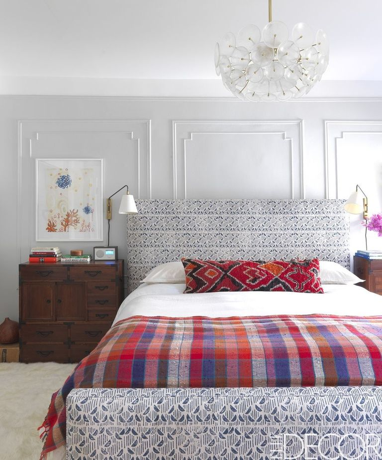 Bedroom Wall Decorating Ideas: 26 Best Ways To Tackle A Spring Home Makeover