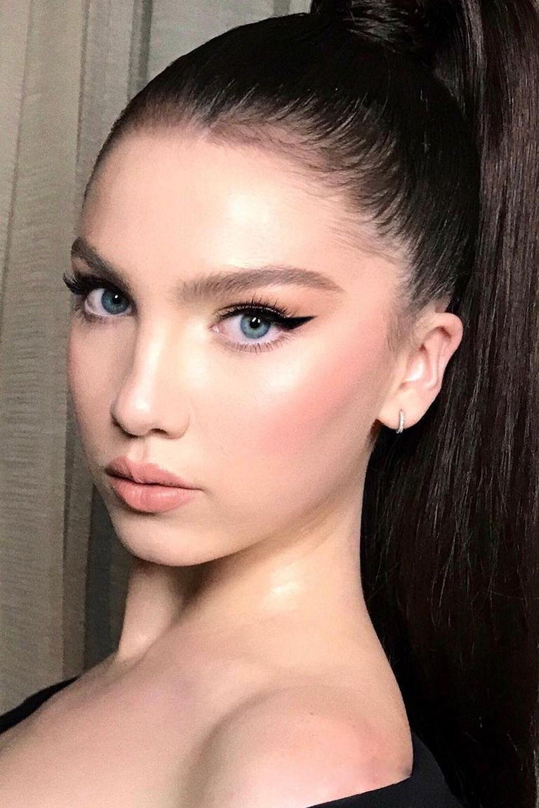 6 Makeup Must Haves For Summer 2017: 6 Prettiest Spring Makeup Trends 2018