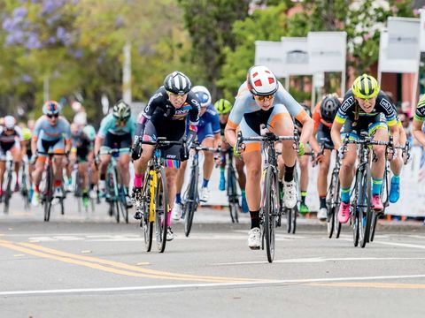 Land vehicle, Cycling, Cycle sport, Vehicle, Sports, Road cycling, Road bicycle racing, Bicycle, Bicycle racing, Bicycle helmet,