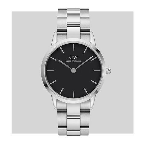 Watch, Analog watch, Watch accessory, Fashion accessory, Silver, Jewellery, Strap, Brand, Metal, Steel,