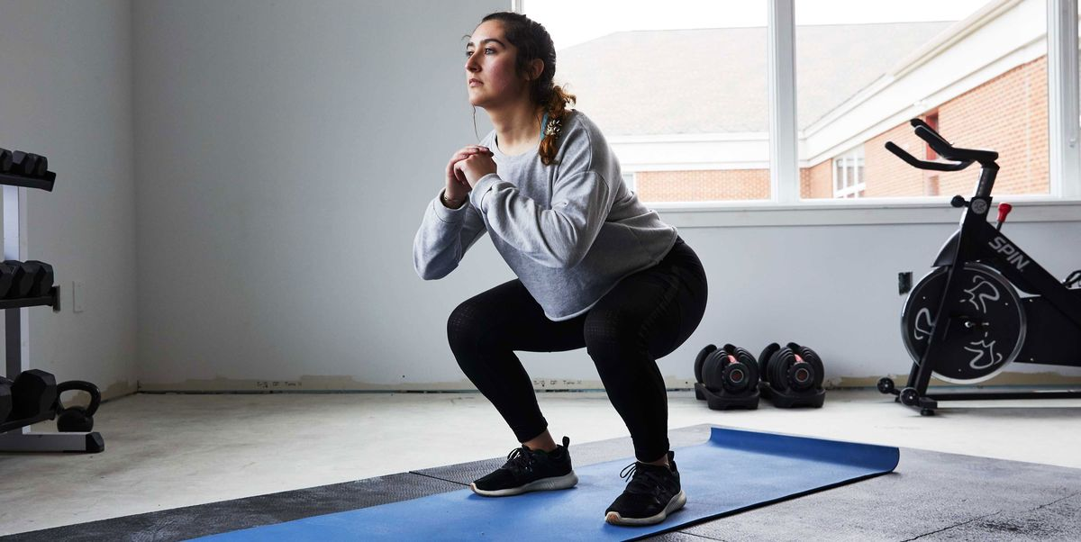 Squatting and Kneeling in Everyday Life Comes With Some Pretty Legit Health Benefits