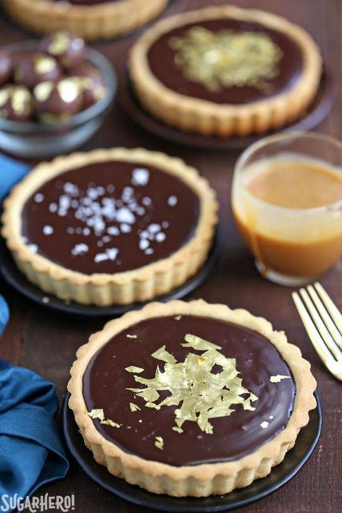 st patricks day boozy desserts baileys chocolate tarts