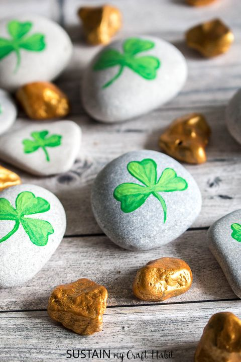 st patricks day crafts shamrock rocks