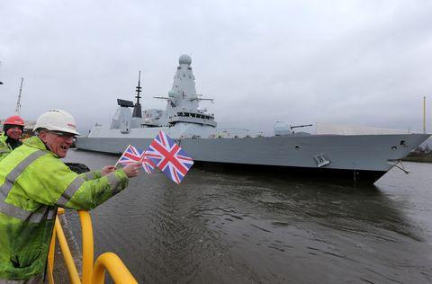 Type 45 Destroyer Duncan leaves Scotstoun