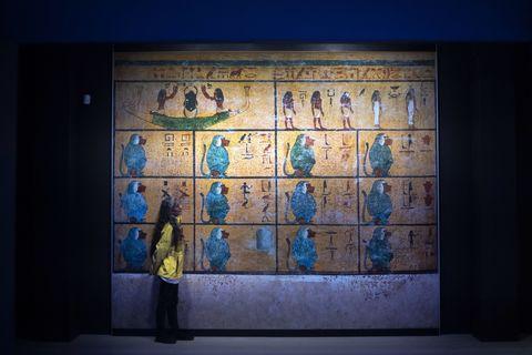 tutankhamun treasures exhibition