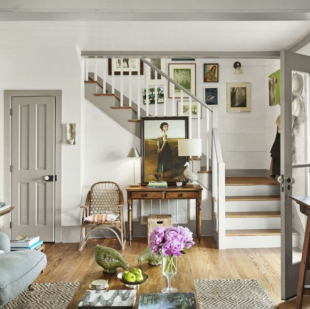Short Stairs Ideas: Beautiful Ways To Decorate A