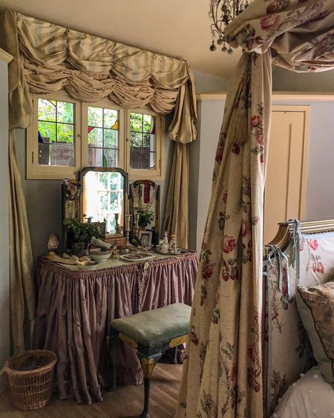 Room, Curtain, Bed, Furniture, Canopy bed, Interior design, Window treatment, Property, Bedroom, Bedding,