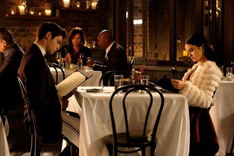 Restaurant, Event, Conversation, Dinner, Banquet, Rehearsal dinner, Meal, Function hall, Supper, Tableware,