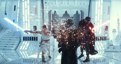 Star Wars Confirms What Kylo Ren And Rey Are Destroying In Trailer