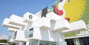 Starbucks se une a la tendencia de los contenedores