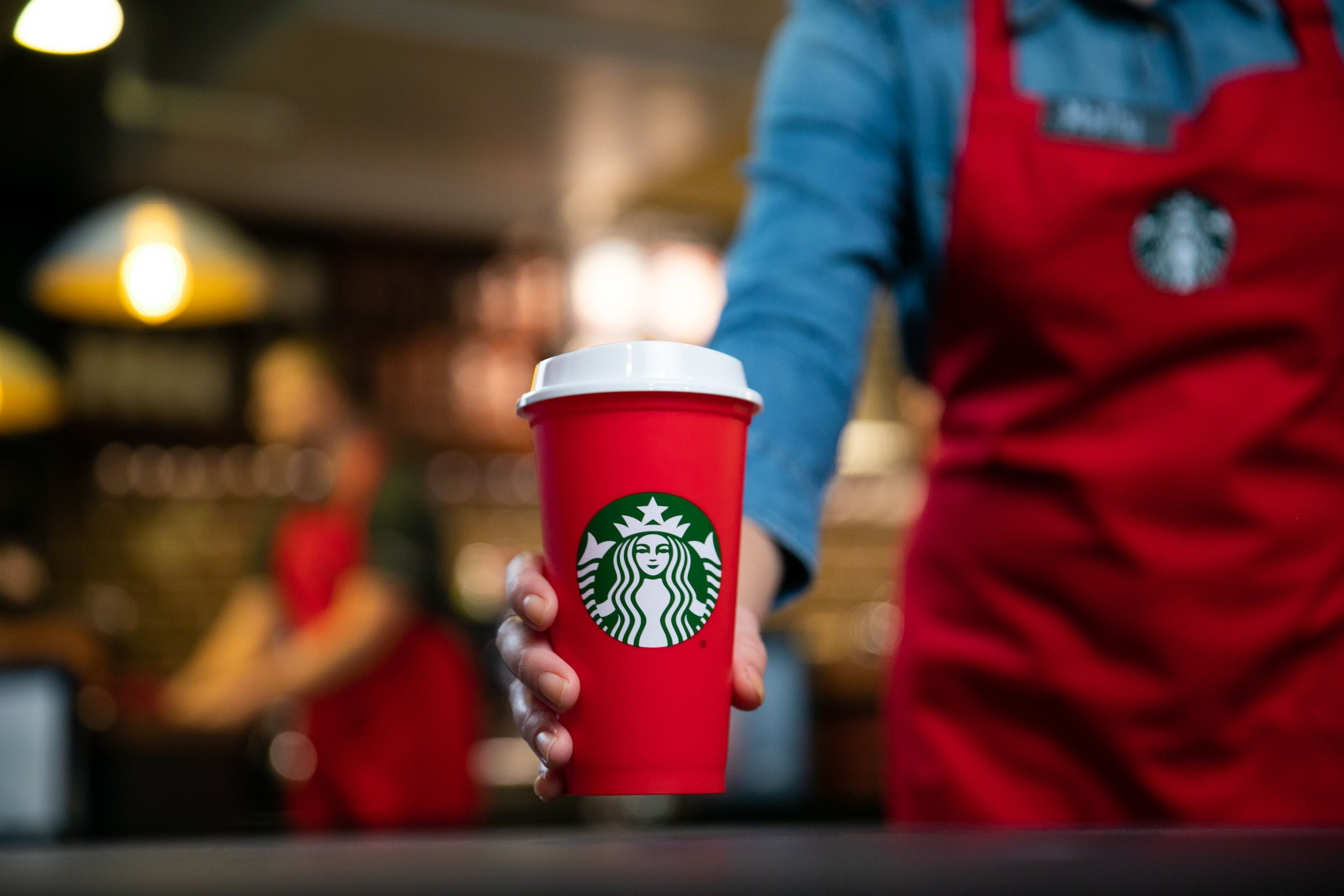 Starbucks Is Giving Away Free Holiday Drinks This Week